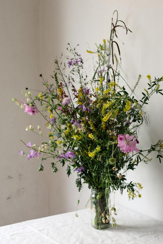 'Pick your garden' editorial by Wilder - the wildflower garden of Joris Thoné
