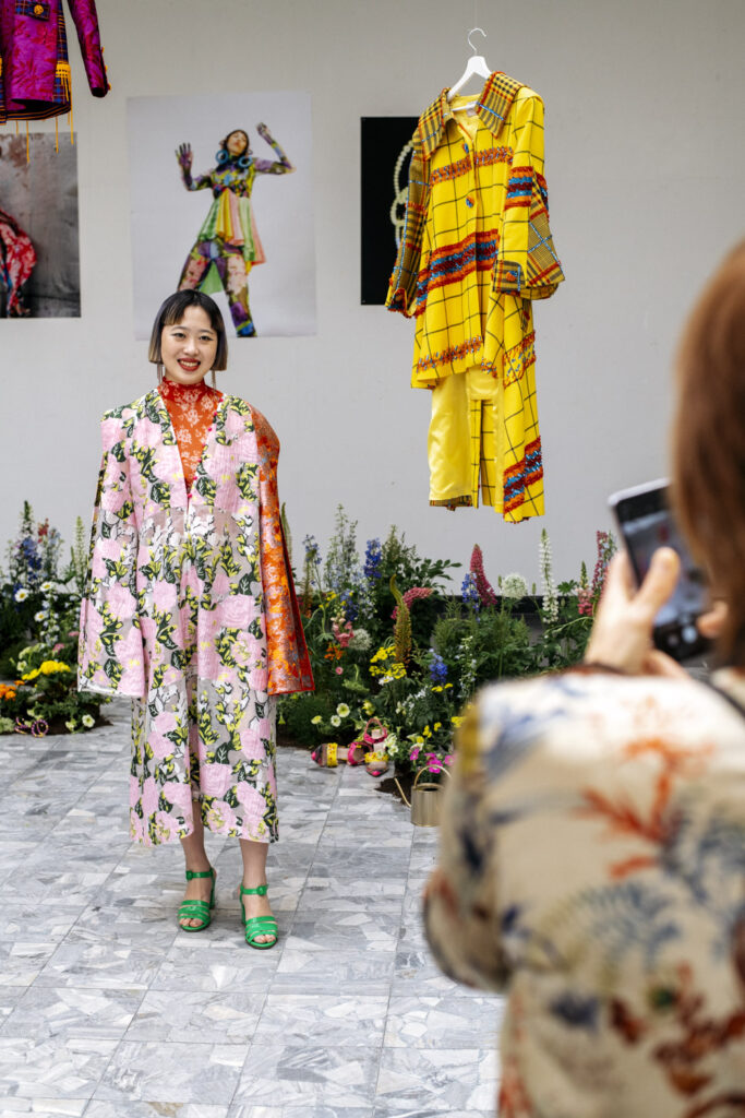 Scenography for the master presentation of Royal Academy of Fashion graduate Shuting Qiu by Wilder Antwerp