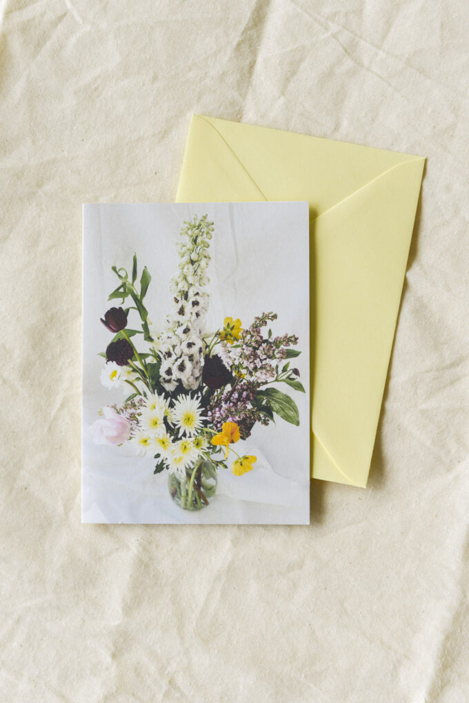 Sustainable stationery with a floral touch by Wilder Antwerp - double postcard