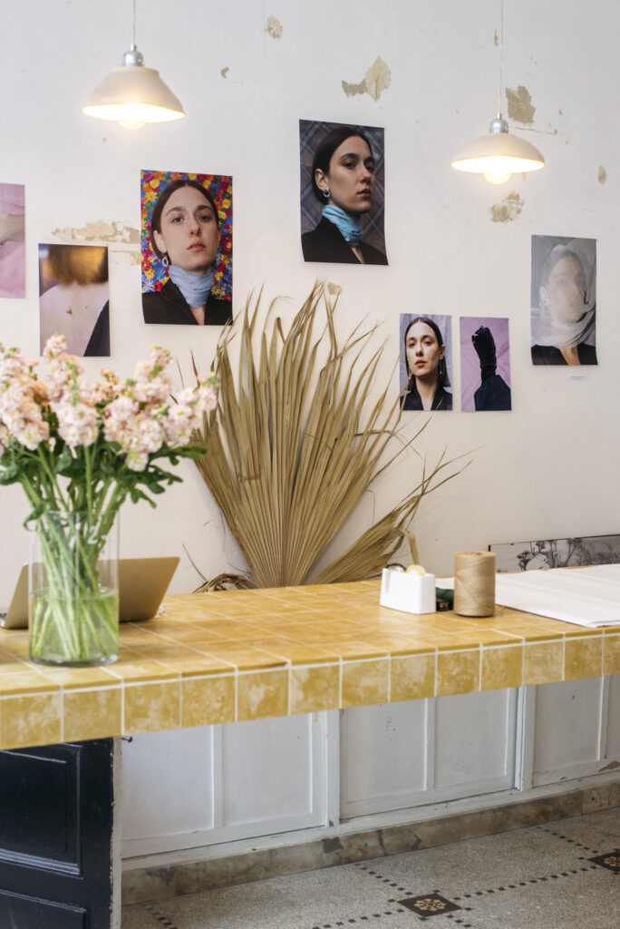 Viktoria Von Malottki jewelry presentation at Wilder Antwerp flower shop